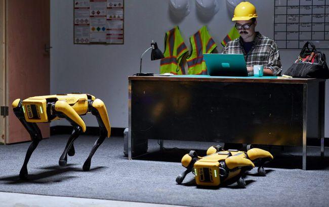 Людина не потрібна: роботи Hyundai Boston Dynamics охоронятимуть заводи і працюватимуть в страхових компаніях