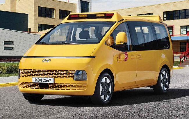 """Киндер-сюрприз: """"космический"""" минивэн Hyundai Staria стал школьным автобусом"""