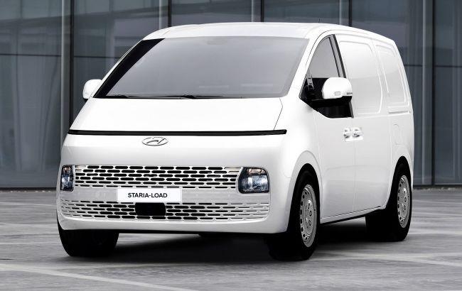 У эффектного минивэна Hyundai Staria появилась коммерческая версия