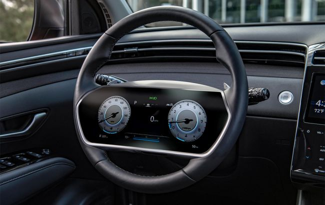 В будущих моделях Hyundai может появиться руль с большим встроенным дисплеем
