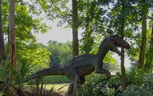 Фото: Динозавр (freeimages.com/jim daly)