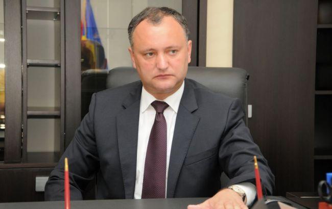Президент Молдови пригрозив своєму уряду