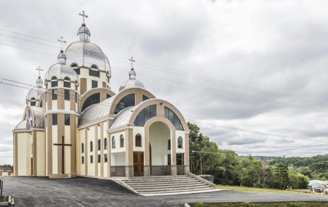 Українці збудували найбільшу в Бразилії церкву