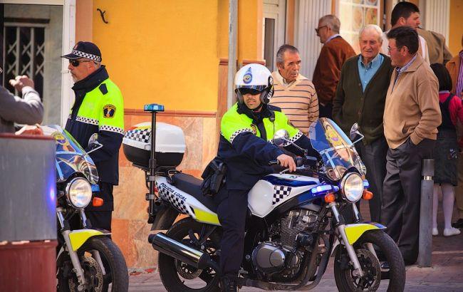 Наиспанском курорте автомобиль врезался втолпу пешеходов
