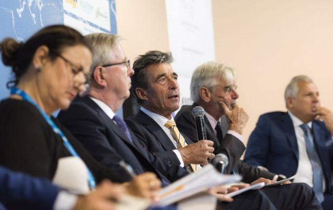 Экс-генсек НАТО полагает, что санкции противРФ могут быть ослаблены
