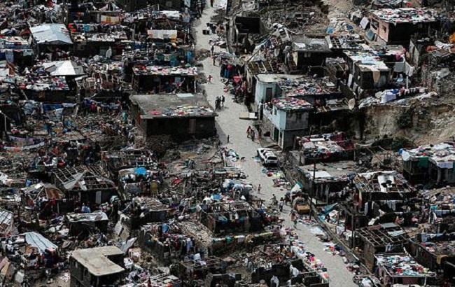 """Фото: наслідки урагану """"Метью"""" на Гаїті"""
