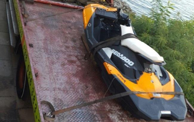 Фото: водний мотоцикл, на якому розбився замглави АП