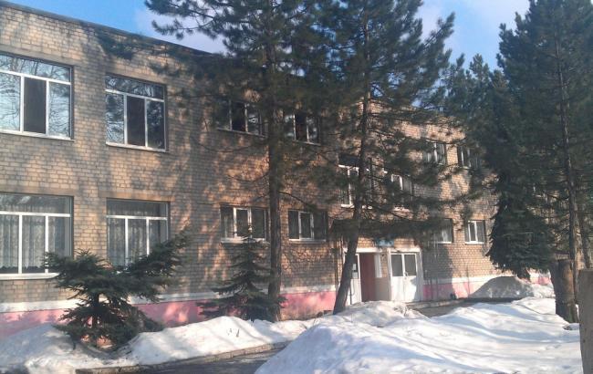 ВДонецкой области зажегся детский парк. Спасаясь, логопед выпрыгнула со 2-го этажа