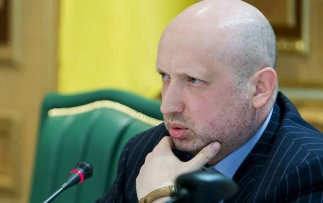 После подписания минских соглашений боевики обстреляли украинские позиции 5 тысяч раз, - Турчинов