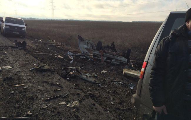 Прокуратура порушила справу за фактом підриву автобуса біля КПП в Донецькій області