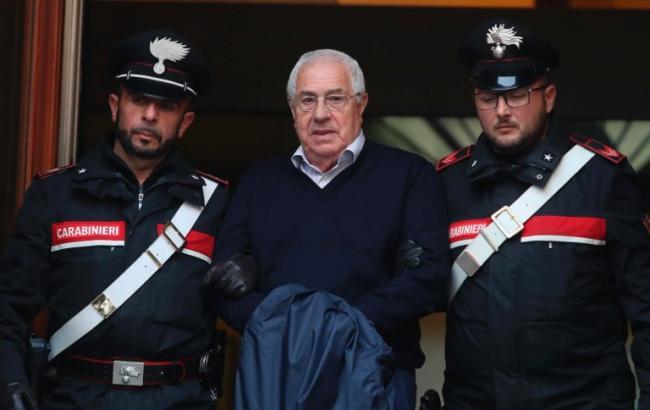 """В Италии арестовали главаря """"Коза ностры"""" и 46 других мафиози"""