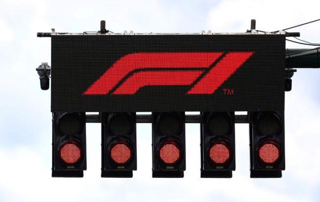 Формула-1 перенесла еще три этапа из-за коронавируса