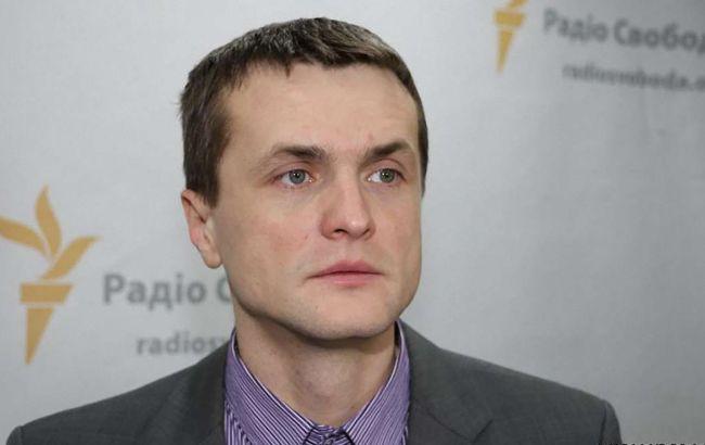 """Екс-нардеп пояснив, чому """"Слуга народу"""" хоче скасувати другий тур місцевих виборів"""