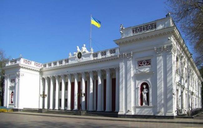 Екзит-пол в міськраду Одеси: лідирує партія Труханова, ще 4 можуть пройти