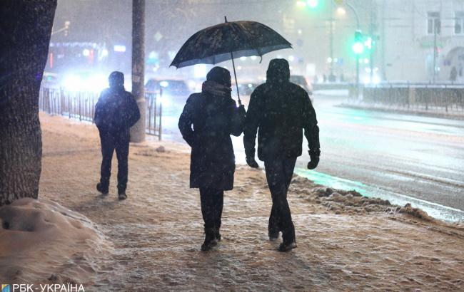 Погода на сегодня: в Украине снег, днем до +2