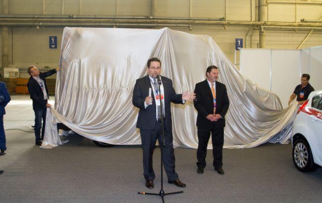 Фото: презентация реанимобиля в Международном выставочном центре