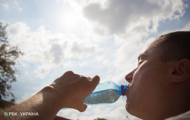 Лікар розповів, які хвороби загострюються під впливом сонця: можуть бути небезпечні стани