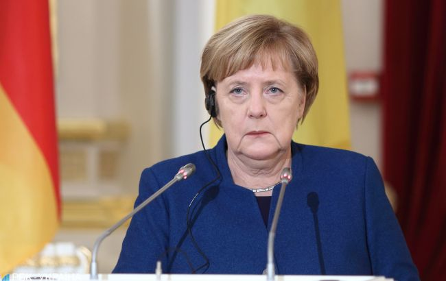 Кожен житель Німеччини зможе вакцинуватися від коронавіруса до кінця літа, - Меркель