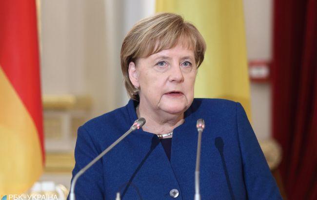 """Меркель заявила про необхідність добудувати """"Північний потік-2"""""""