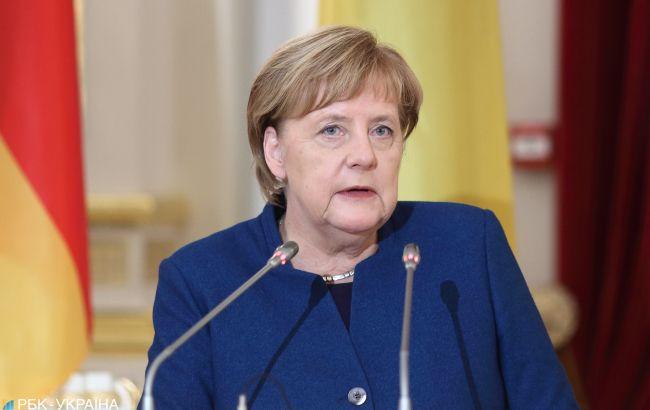 Первый тест Меркель на коронавирус оказался отрицательным