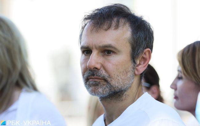 На чорта він там треба: відомий продюсер висловився про Вакарчука в Раді