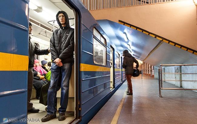 ВКиеве временно остановилась «красная» ветка метро