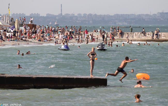 Что происходит на пляжах Одессы и Затоки: видео