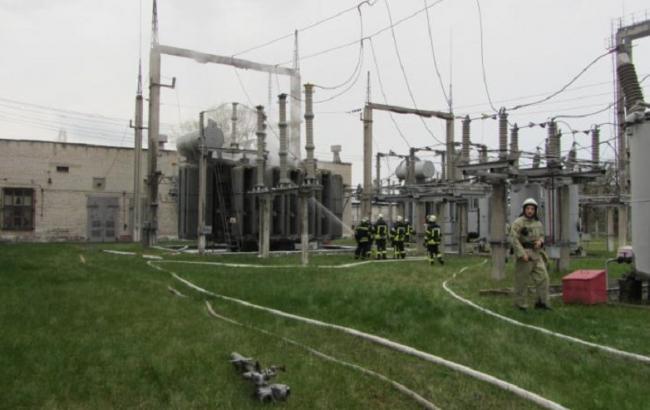 Фото: в Северодонецке горела трансформаторная подстанция