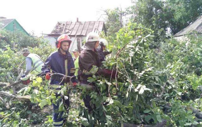 Непогода в Украине: обесточенными остаются 60 населенных пунктов