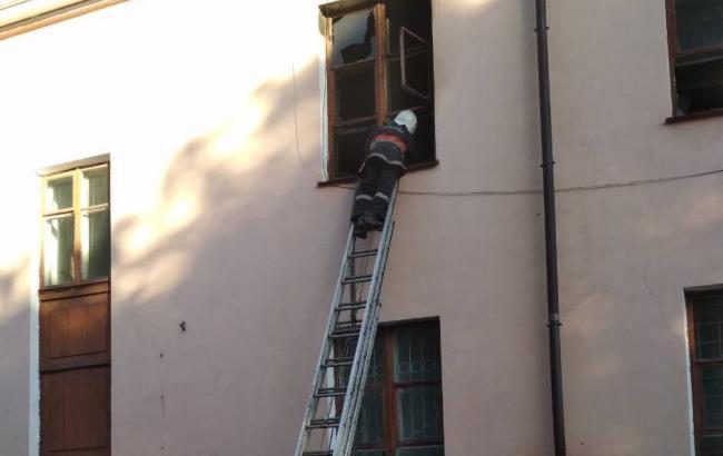 Фото: пожежа в Палаці культури (dp.dsns.gov.ua)