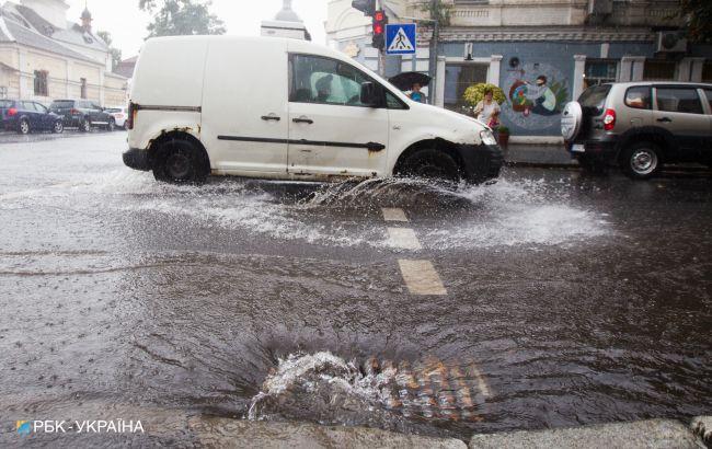 """В Украину идет """"сезон"""" беспросветных дождей: свежий прогноз синоптиков"""