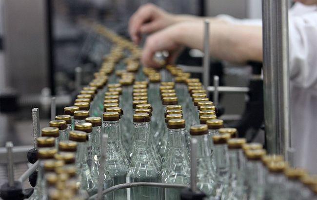 """""""Укрспирт"""" планує провести 26,1 млн дал продукції в 2015 р"""