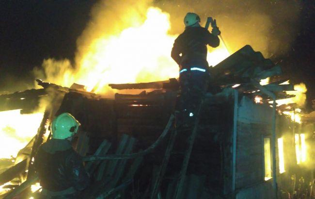 Фото: ликвидация пожара в Шостке