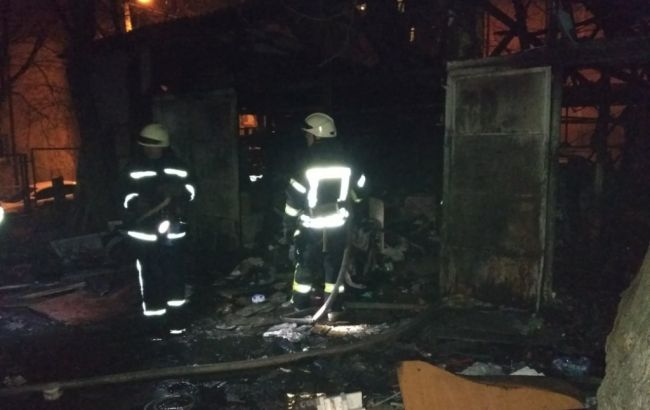 Встрашном пожаре вКиеве сгорели живьем два человека