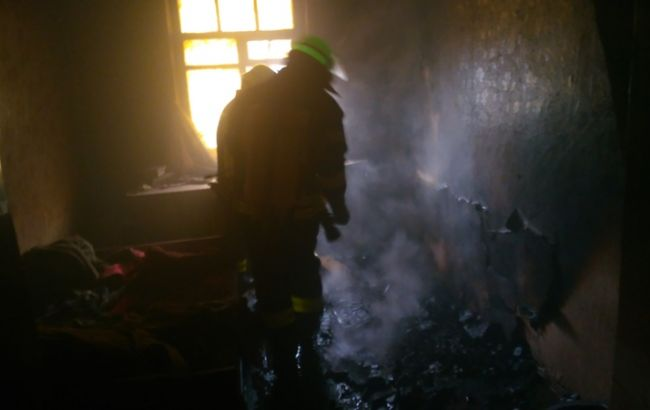 Фото: последствия пожара в пгт Володарка (пресс-центр ГСЧС)