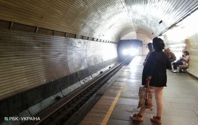 Збій в роботі метро Києва стався через пожежу