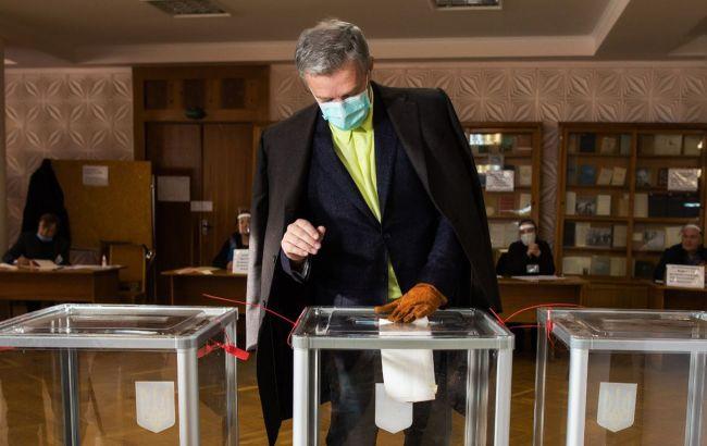 Пальчевський проголосував на місцевих виборах у Києві