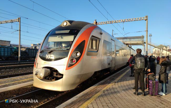 """Из-за инцидента с """"Интерсити"""" под Запорожьем задерживаются поезда: список"""