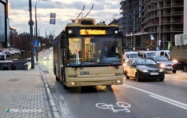 В Киеве завтра возобновят движение и изменят маршрут троллейбусов: схема