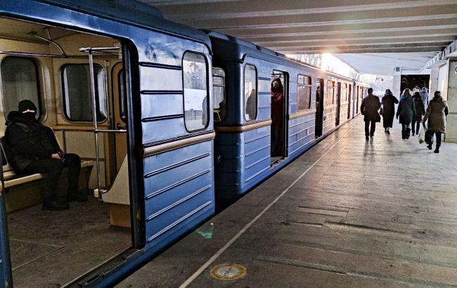 У метро Києва з'являться нові вагони за 50 млн: якими вони будуть
