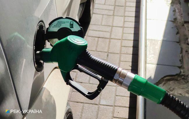 Бензин дешевеет после публикации новых максимальных цен, автогаз дорожает