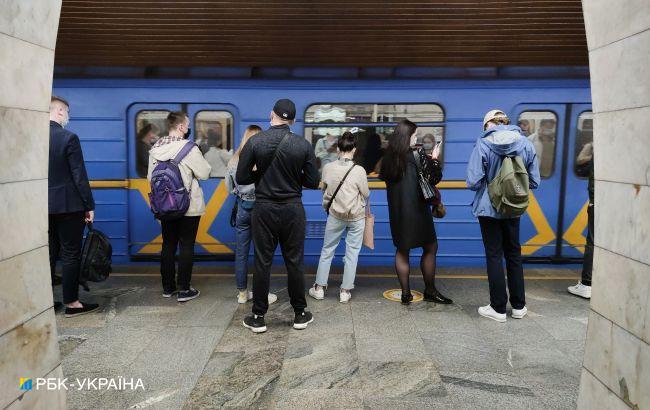 Метро и транспорт в Киеве завтра будут работать на час дольше: причина