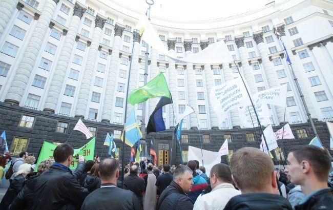 Профсоюзы под Кабмином митинговали против ликвидации ПТУ