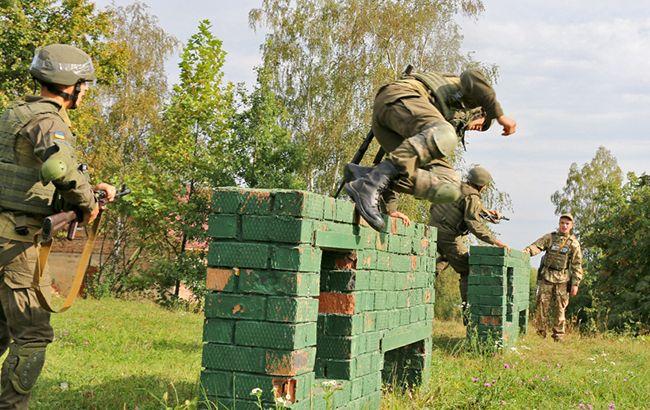 В Ивано-Франковской области проходят сборы лейтенантов Нацгвардии по стандартам НАТО