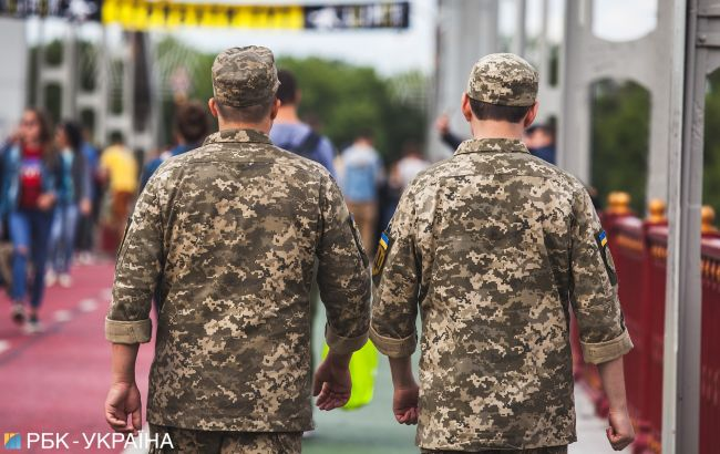 Ветеран АТО вибачився за фейк про пластикові медалі для бійців ЗСУ