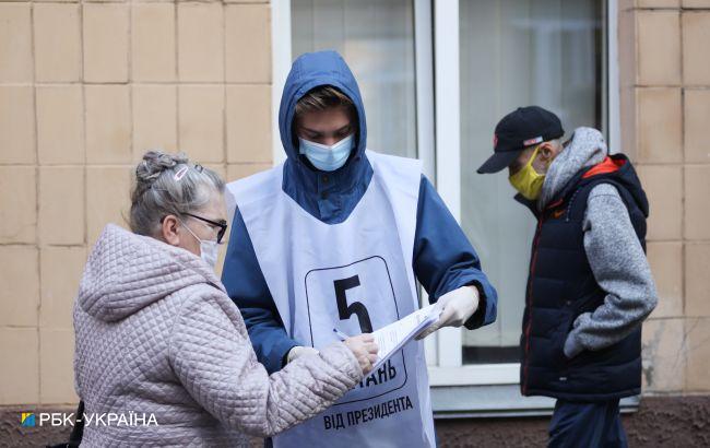 Опитування Зеленського проводять біля 55% дільниць, - ОПОРА
