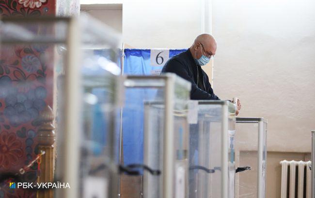 У Луганській області виборцям з COVID-19 відмовили у голосуванні