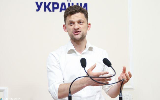 """В Кабмине разъяснили инициативу о прекращении публикации законов в """"Урядовом курьере"""""""