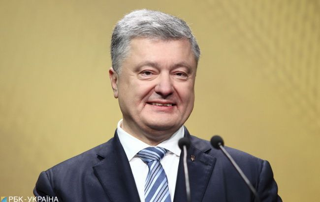АП підтвердила участь Порошенка у форумі в київському МВЦ