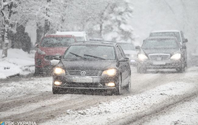 В Україну повертається сніг: які області накриє опадами до кінця тижня